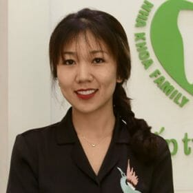 khach-hang-phuong-anh-dan-su-veneer-2